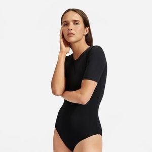 EVERLANE - The Short-Sleeve Crew Neck Bodysuit Bikini Cut in Black